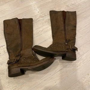 Nine West brown boots size 7.5. Good used cond